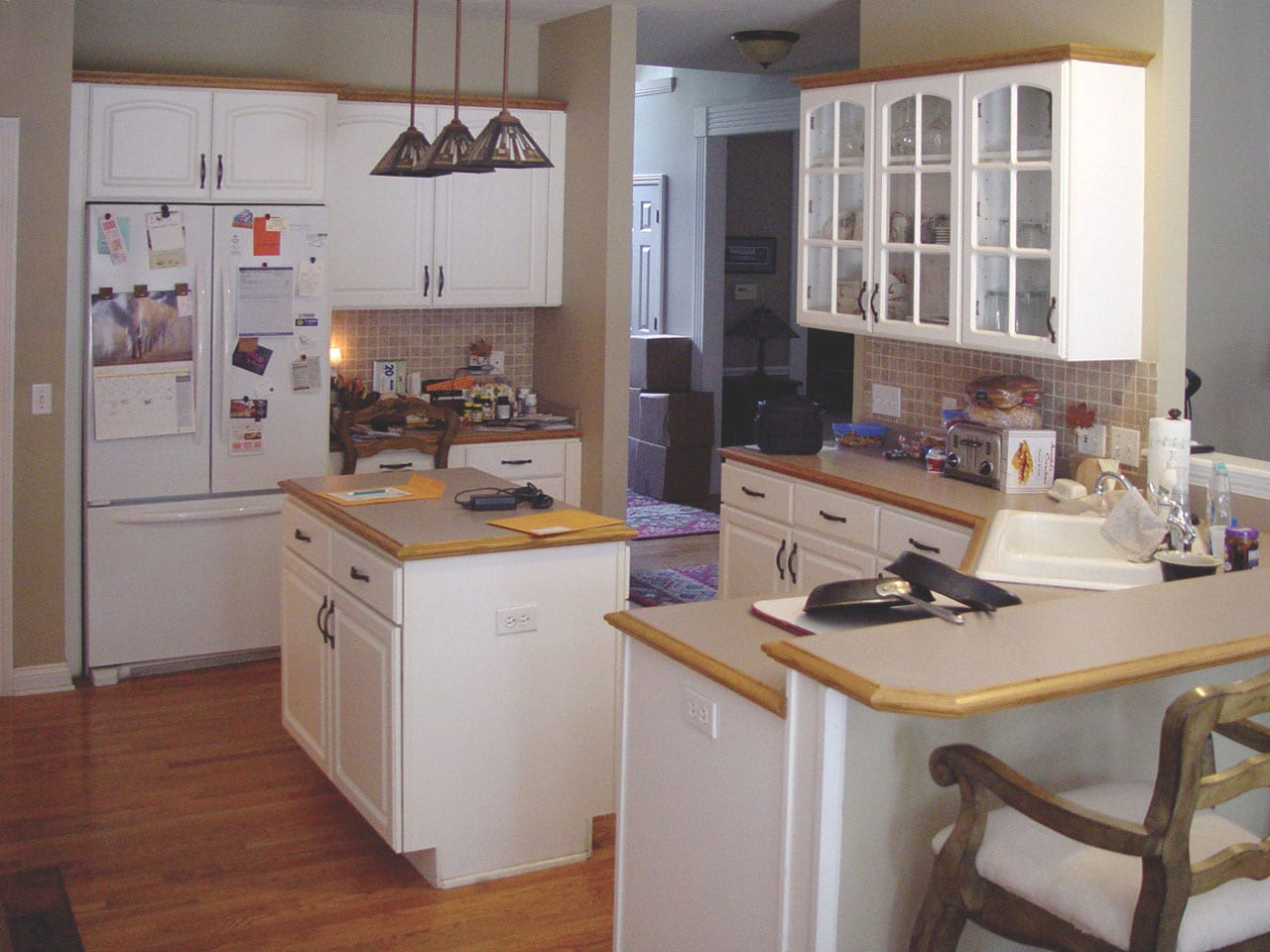 a picture a and old kitchen in LaRose BEFORE refacing