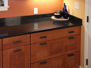 Modern shaker kitchen by American Wood Reface