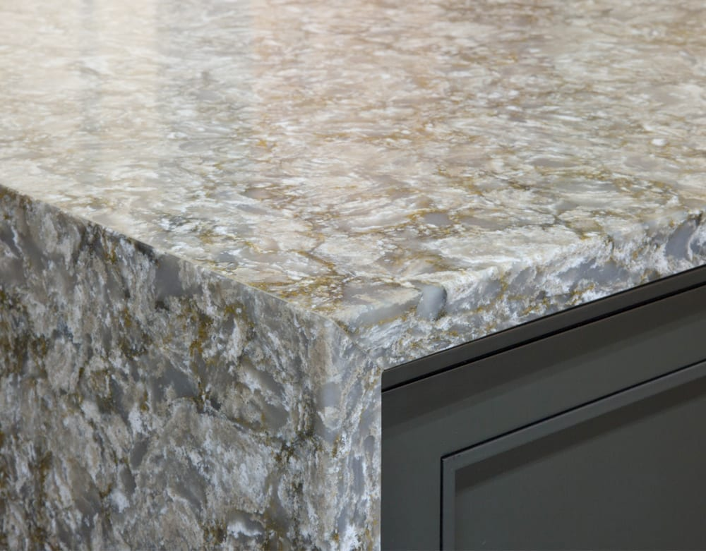 Waterfall Style Countertop with Flat Edge